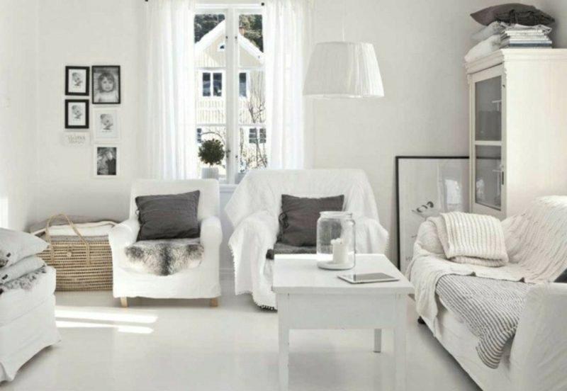 skandinavische Möbel Wohnzimmer im Weiss graue Akzente