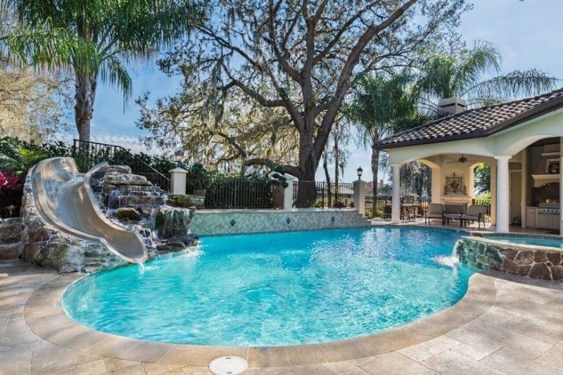 Der eigene Swimmingpool im Garten - Tipps vor dem Kauf