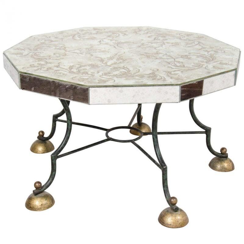 Silbertisch als Deko für Zuhause.
