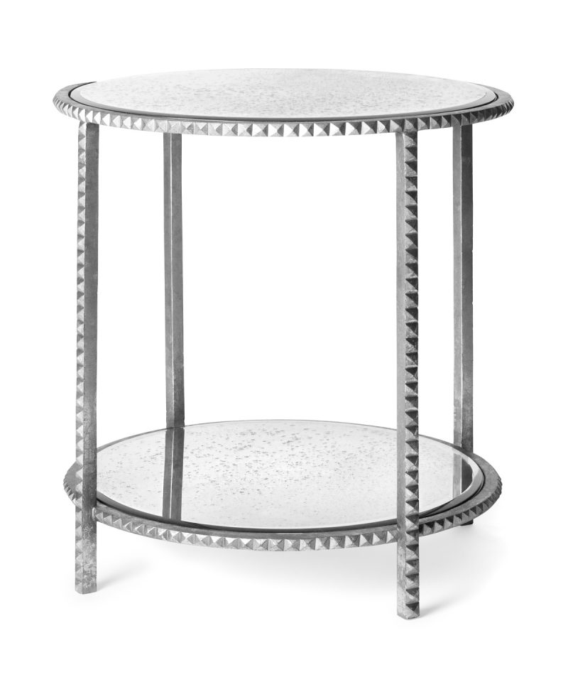 Silbertisch mit Glas.