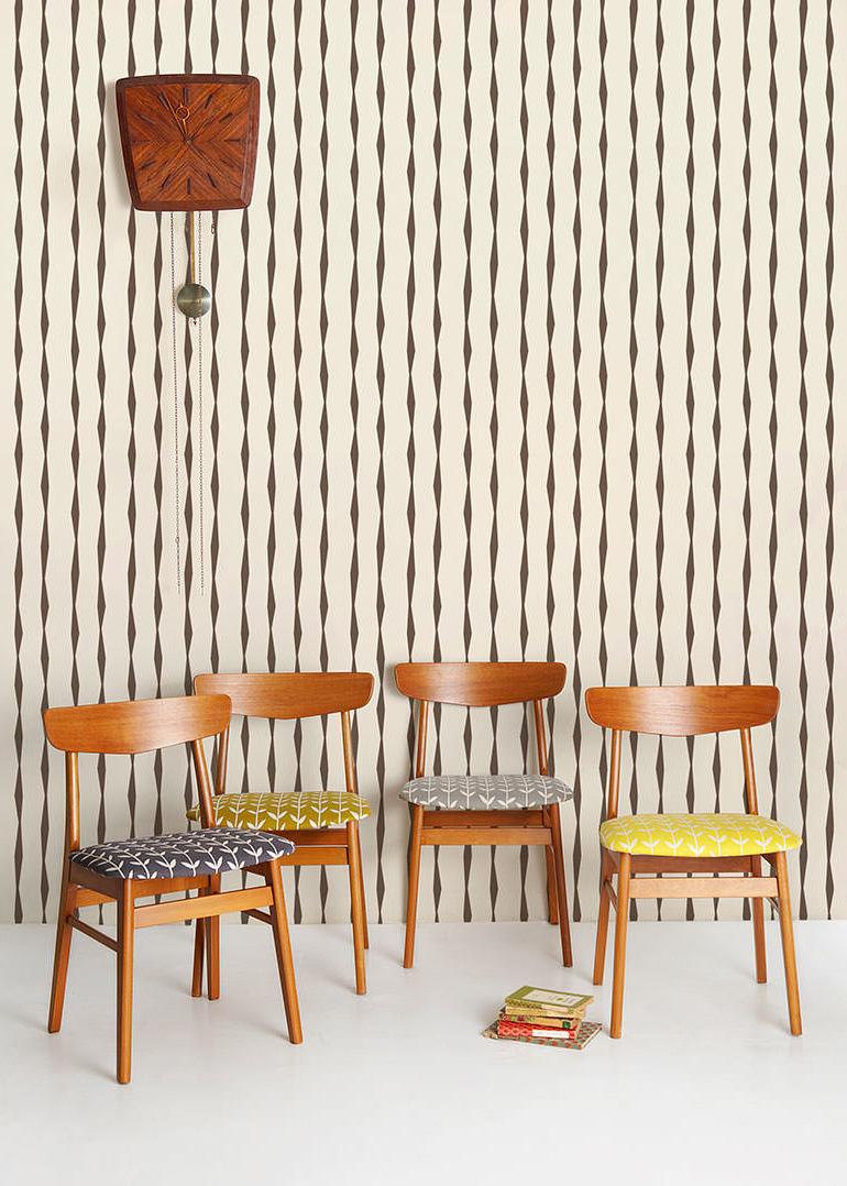 diy tapezieren tapete selber gestalten und kleben diy. Black Bedroom Furniture Sets. Home Design Ideas