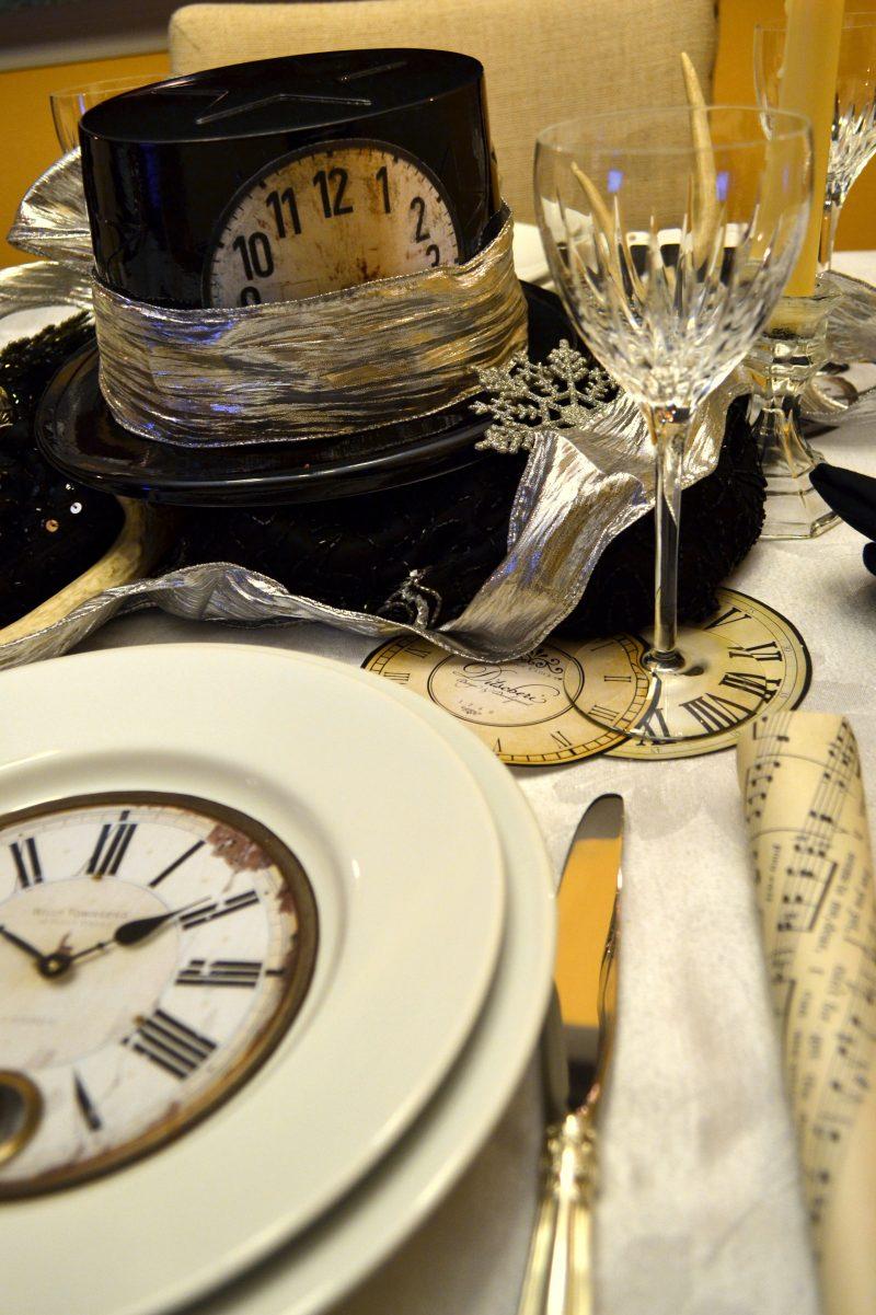 Silvester Tisch eindecken: Dekoration