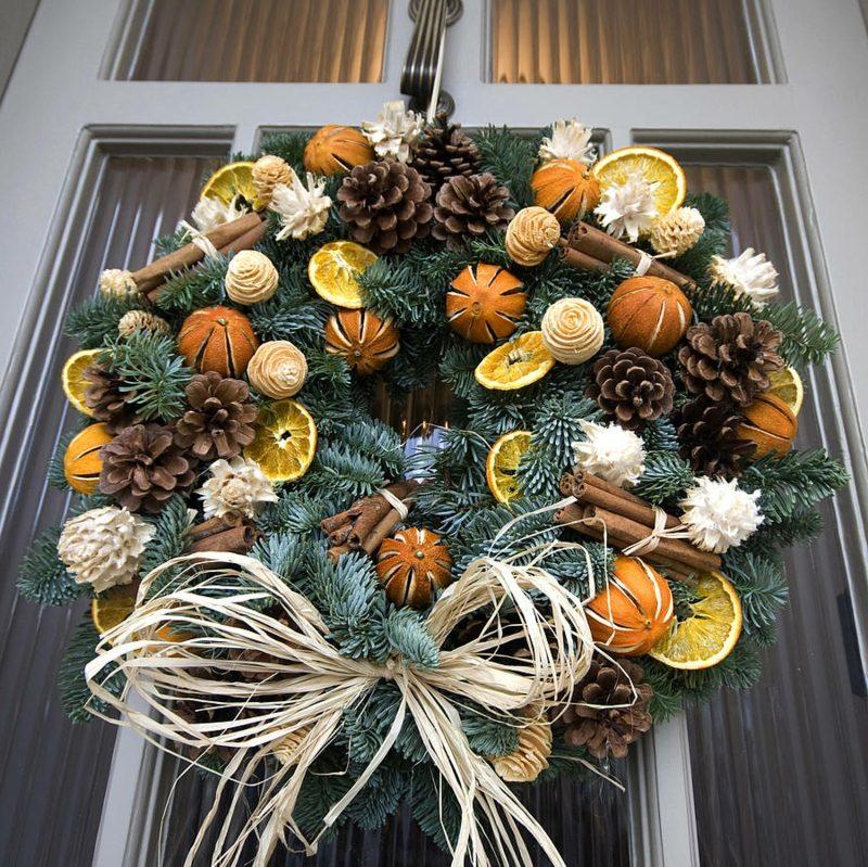 tuerkranz zu weihnachten scented blue fir wreath
