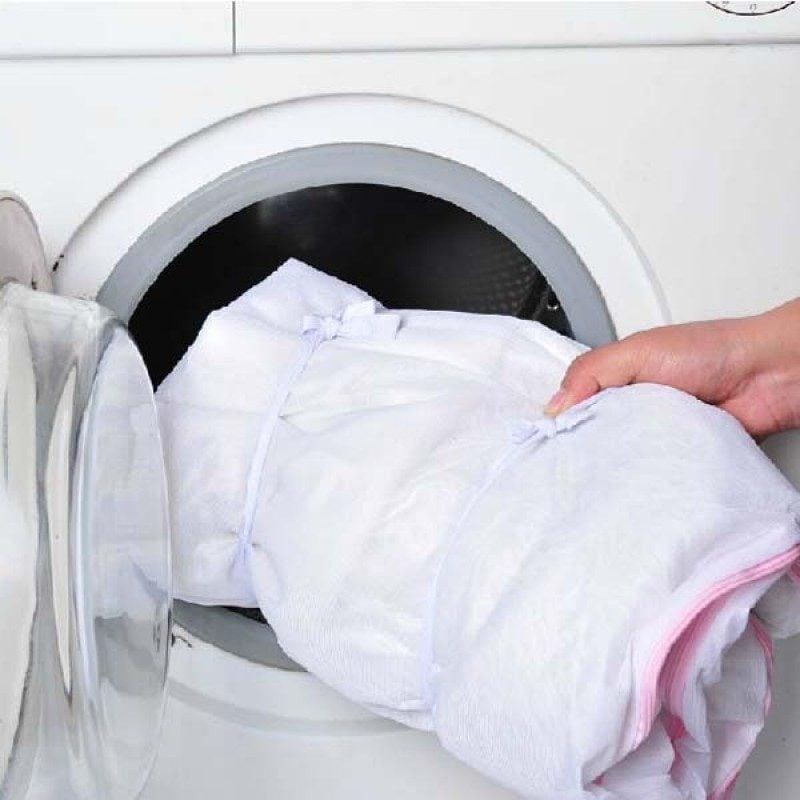 Gardinen in der Waschmaschine waschen!
