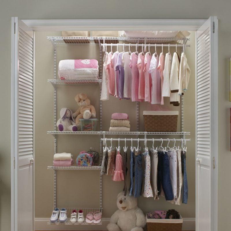 Begehbarer Kleiderschrank auch für die Kinder: Ideen für Regalsysteme