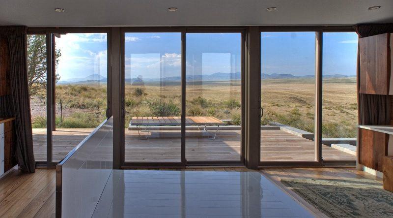 Bodentiefe Fenster dienen oft als Fenstertüren