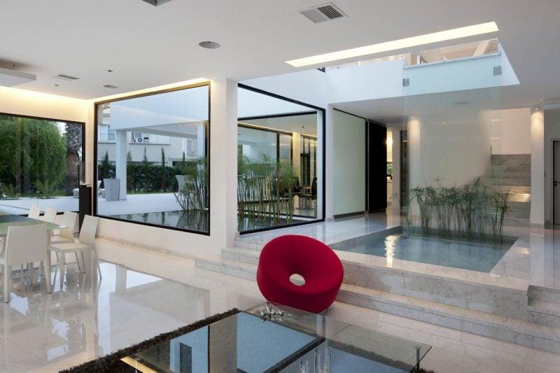 Bodentiefe Fenster für luxuriöse Einrichtung
