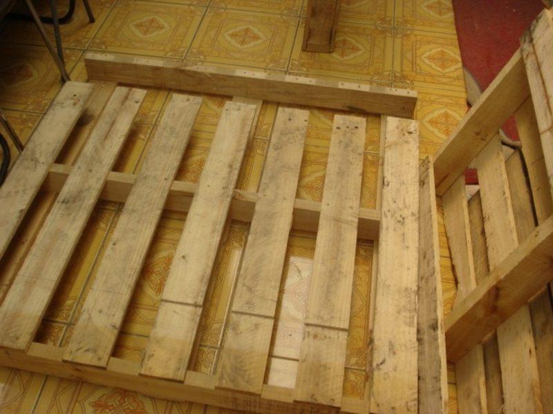 DIY Europaletten Bett Paletten in gutem Zustand besorgen
