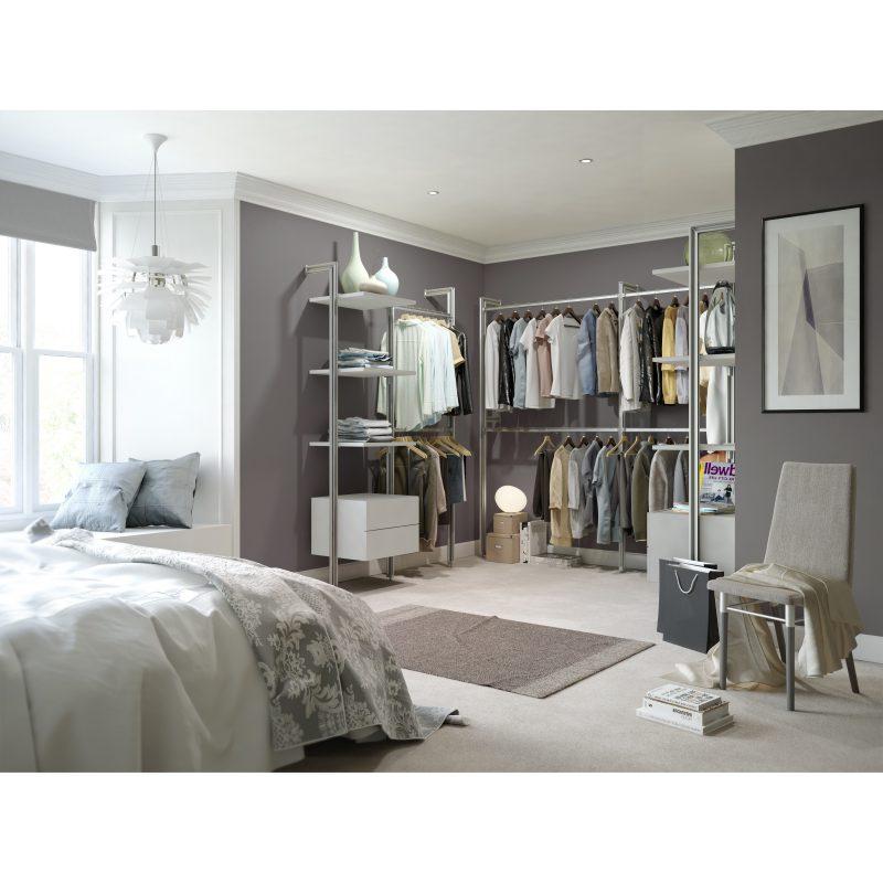 Das Ankleidezimmer einrichten: begehbarer Kleiderschrank für höchsten Komfort
