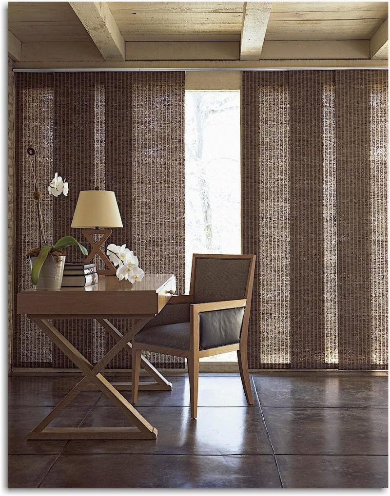 Die Vielfalt an Sonnenschutz-Lösungen für bodentiefe Fenster: Gardinen, Rollos, Jalousien