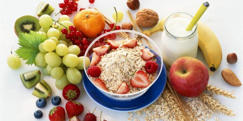 gesunde Ernährung Obst Müsli Abnehmen
