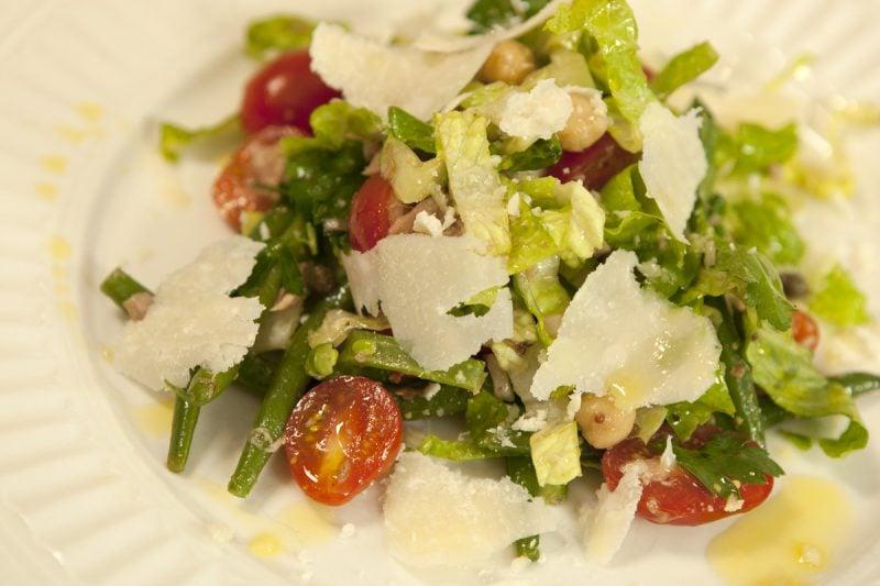 Grüner Salat: Käsefondue Beilagen!