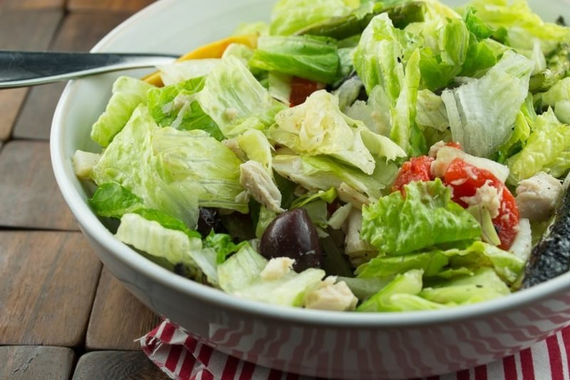 Grüner Salat mit Thunfisch: Käsefondue Beilagen!