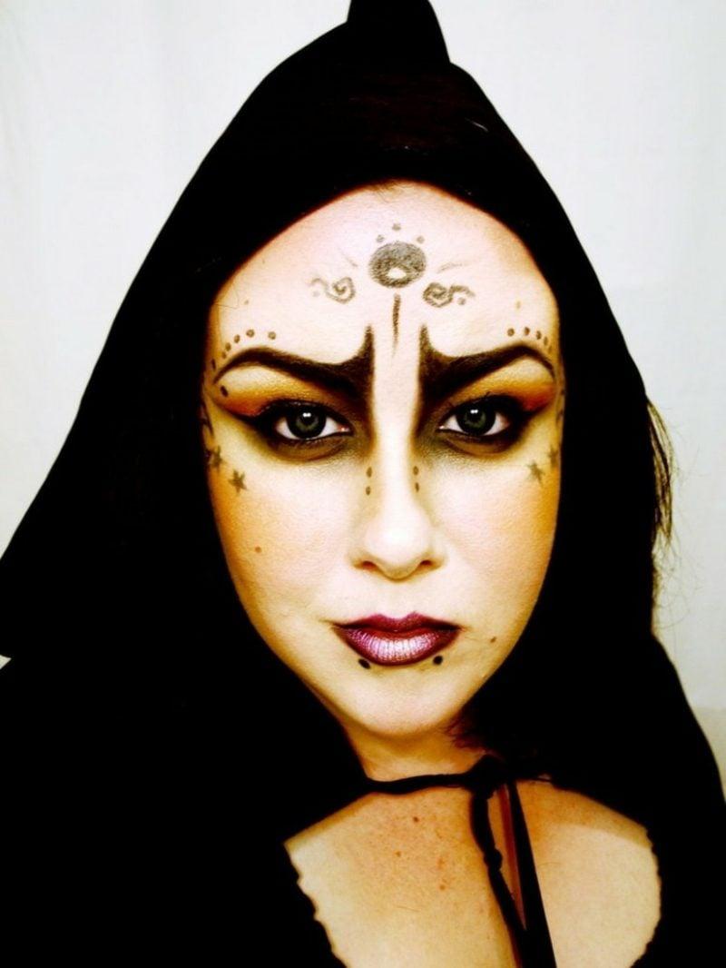 Halloween Kostüm Hexe Make-up interessant