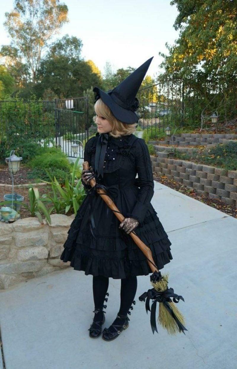 klassische Halloween Kostüme Hexe