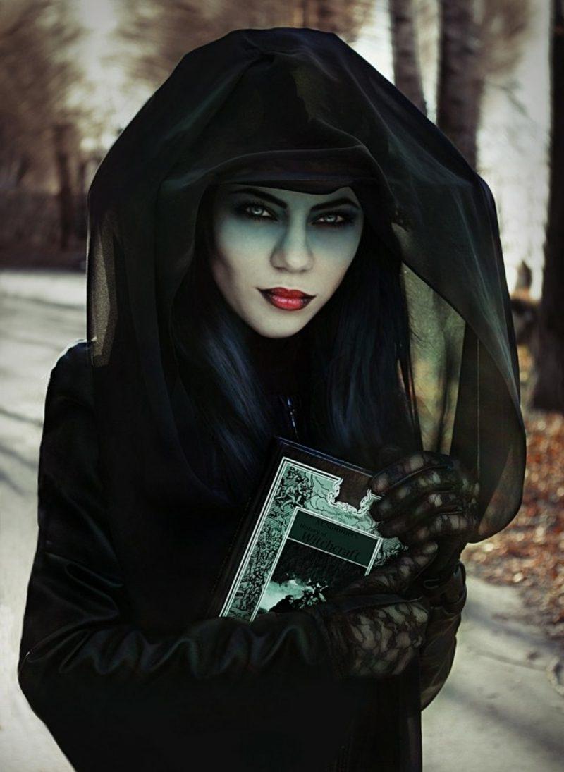 Halloween Kostüme Hexe origineller Look