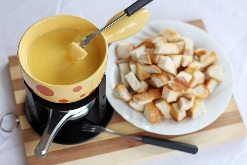 Käsefondue Beilagen: Brot!