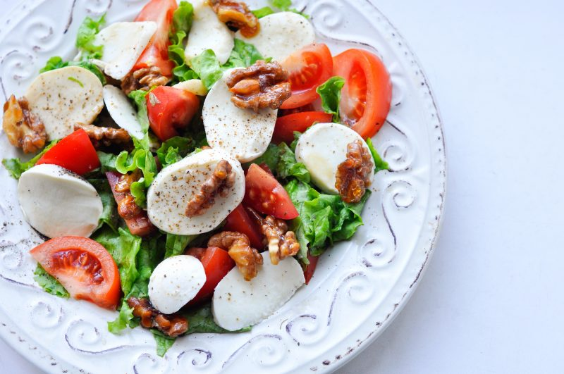 Käsefondue Beilagen: frischer Salat!