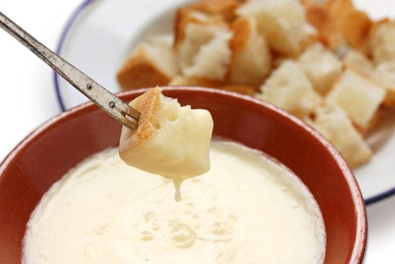Käsefondue Beilagen: Croutons!