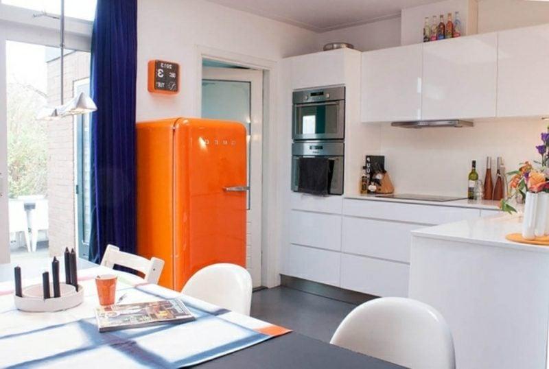 Bosch Retro Kühlschrank als Akzent in der Küche