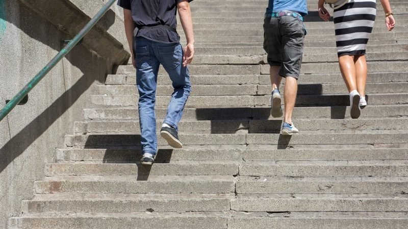 Treppen steigen Kalorien verbrennen