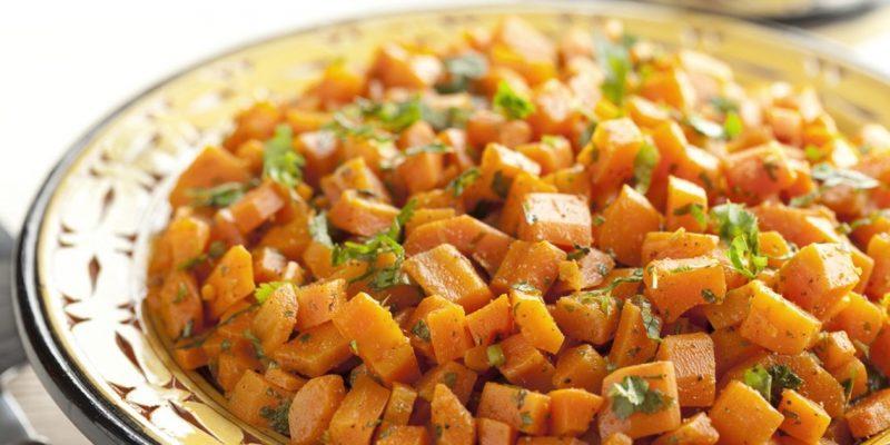 Karottensalat: Käsefondue Beilagen!