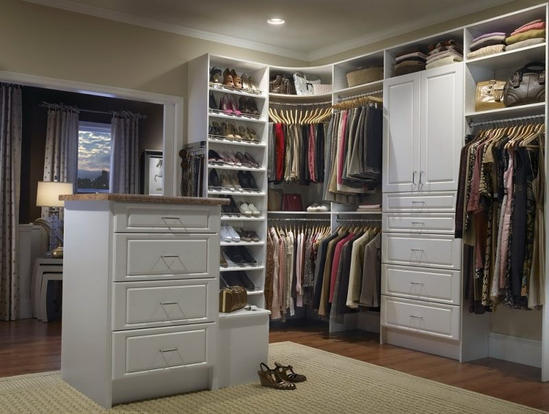 Begehbarer Kleiderschrank: Kleider brauchen ihr Zuhause