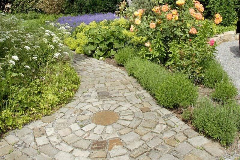 Gartengestaltung Ideen Wege anlegen Mosaik