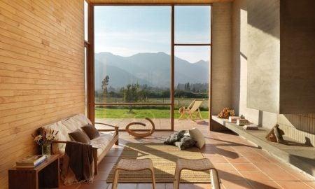 Man kann bodentiefe Fenster auch ohne Gardinen gestalten!