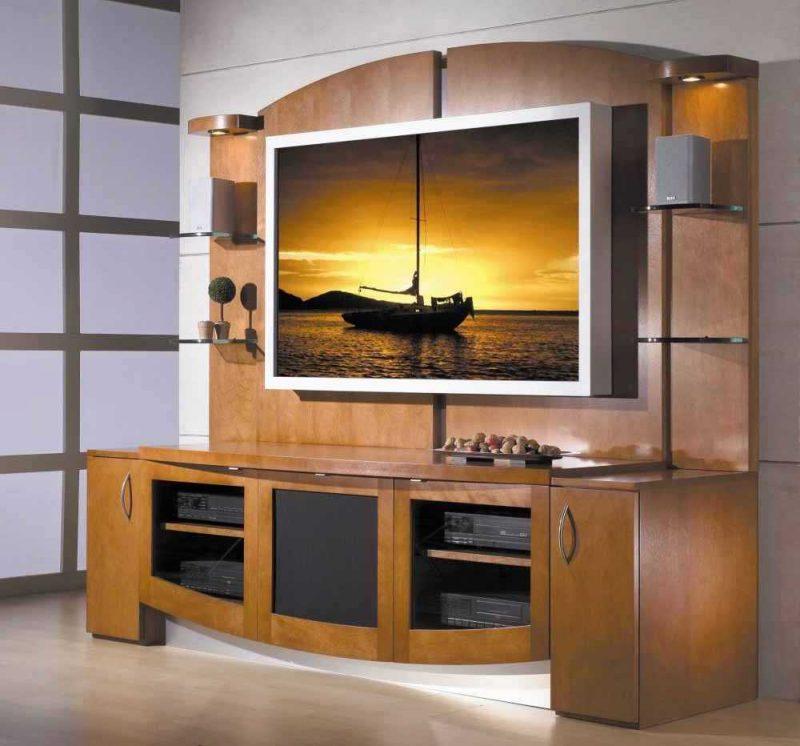 Mediamöbel: Wer sagt, dass der Fernseher sichtbar sein soll?