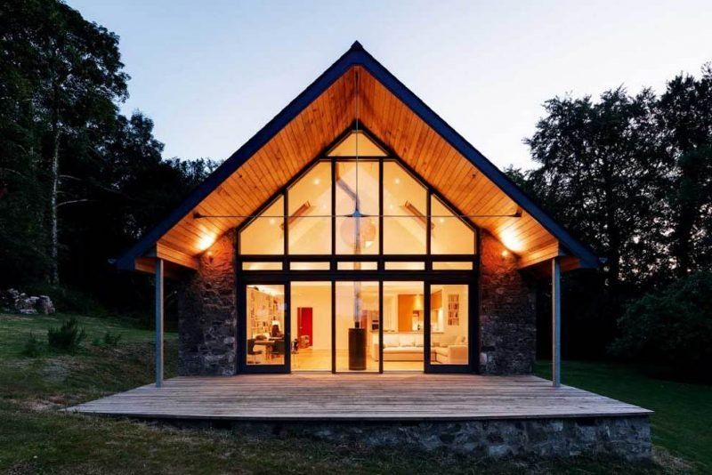 einen schicken bungalow bauen klassiker im trend architektur ferienhaus hotel design. Black Bedroom Furniture Sets. Home Design Ideas