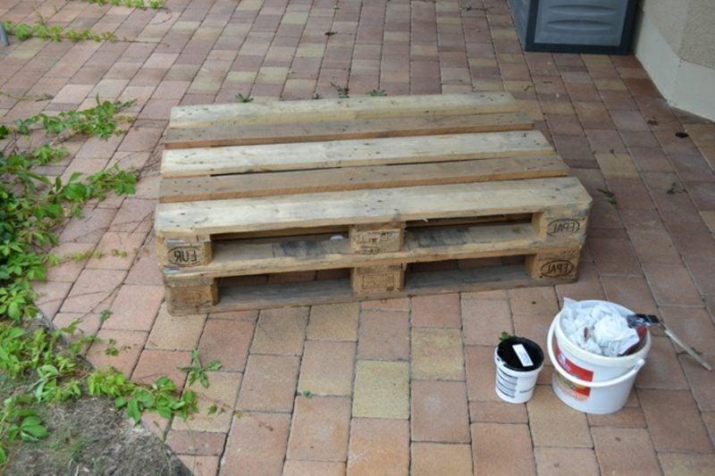 Palettensofa bauen die notwendige Materialien besorgen