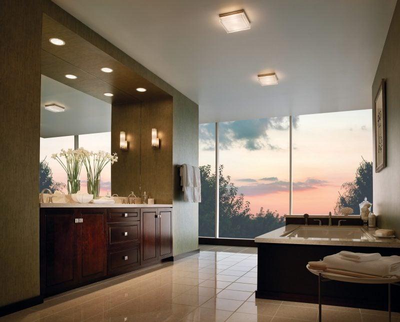 Transparente Sonnenschutzfolien eignen sich perfekt für bodentiefe Fenster im Zuhause besonders im Sommer!