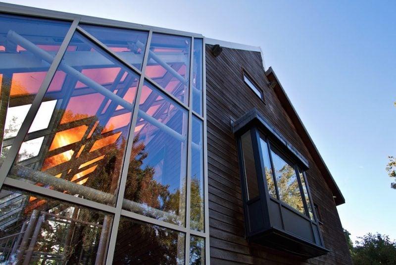 Transparente Sonnenschutzfolien kombinieren glasklare Dursicht und wirksamen Hitzeschutz!