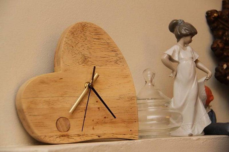 Romantische Herz-Wanduhr!