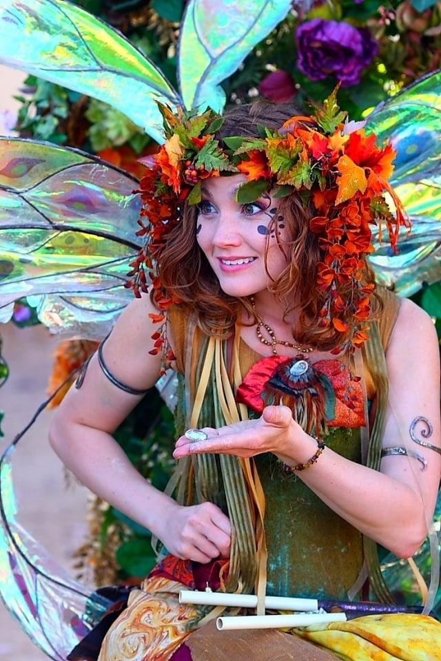 Waldelfe kostüm fasching ideen blumen coole accessoires inspiration altweiber kostüm