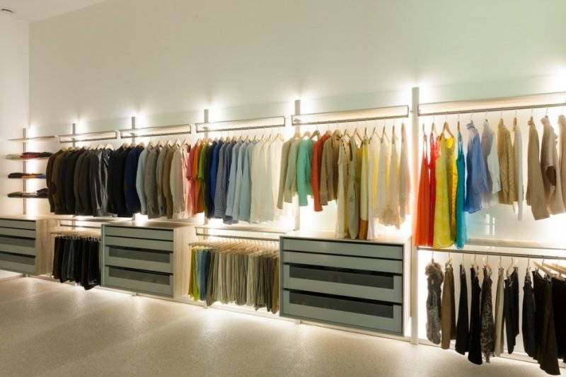 ankleidezimmer passende beleuchtung begehbarer kleiderschrank