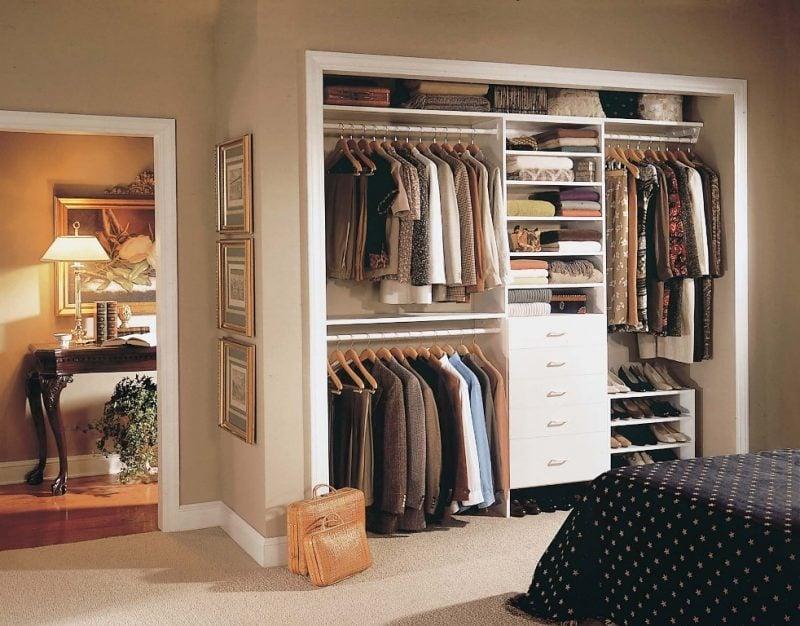 begehbarer kleiderschrank schlafzimmer offene regalsysteme