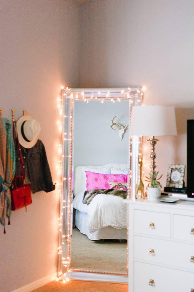 beleuchtung deko ideen schlafzimmer einrichten spiegel kissen bett