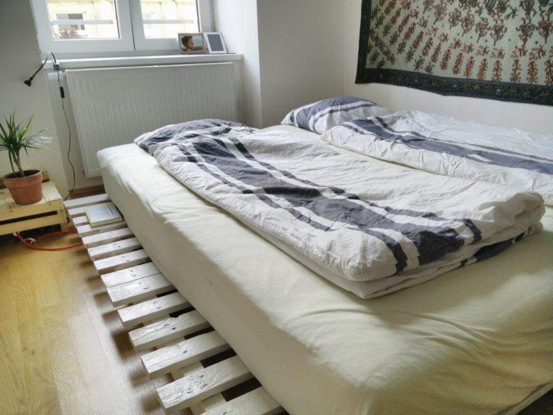 DIY Europaletten Bett