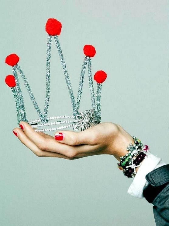 coole accessoires silber krone prinzessinen frauen fasching ideen verkleidung party zubehör