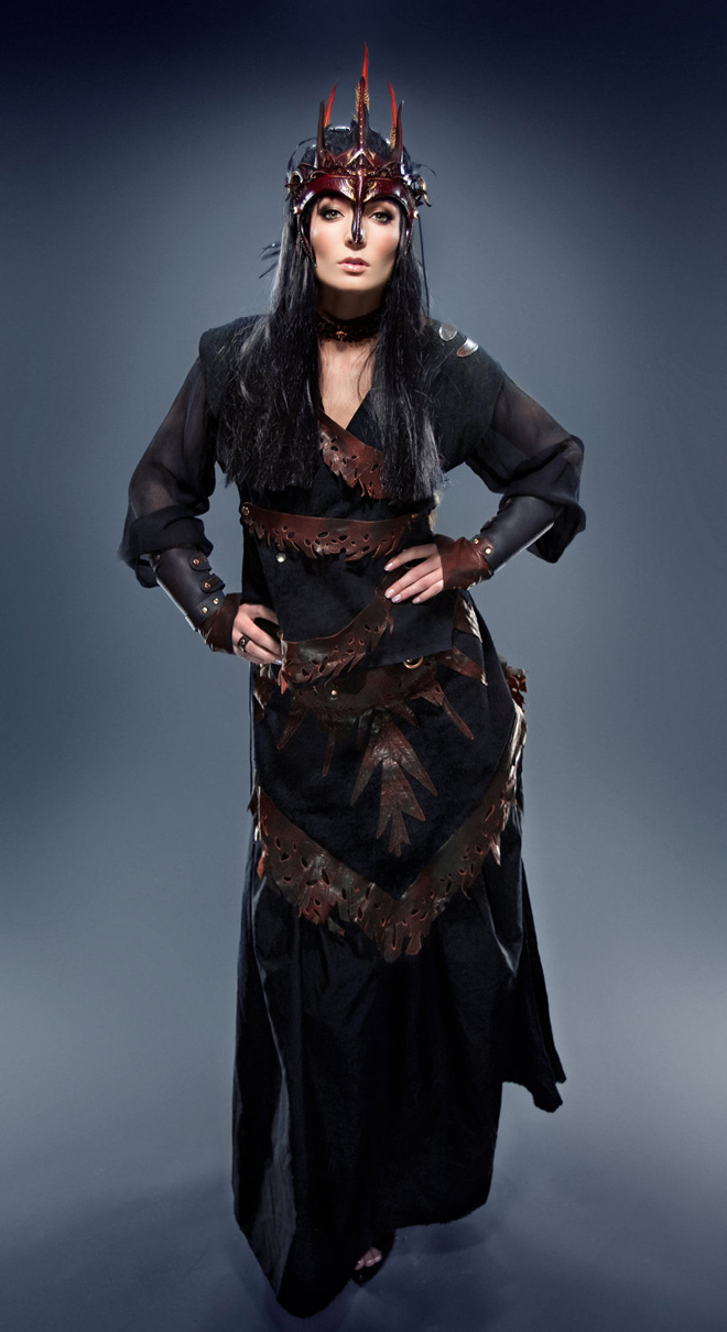 coole fasching ideen verkleidung frauen elfe in schwarz karneval themen kostüm laden