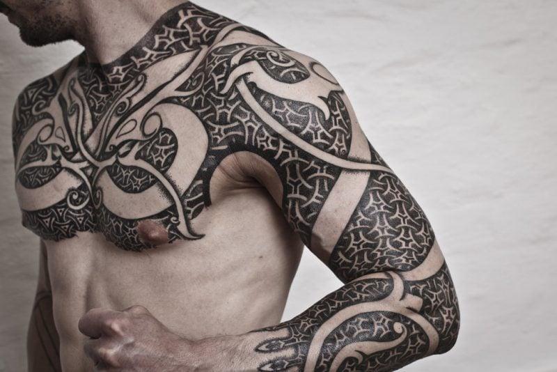 coole tattoo ideen männer handarbeit körpermalerei tattoos männer
