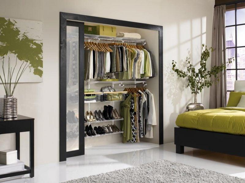 den perfekten begehbaren kleiderschrank selber bauen fenster schiebetür schlafzimmer kleider