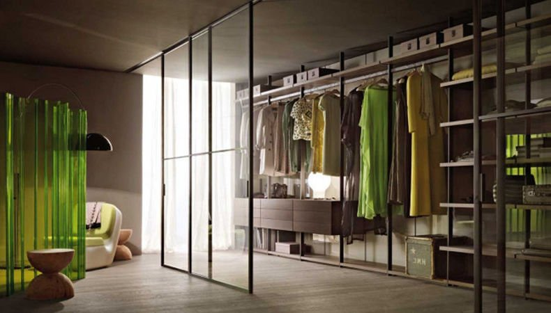 der perfekte begehbare kleiderschrank im schlafzimmer fenster hocker kleider stilvoll