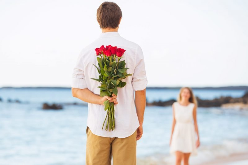 Fakten zum Valentinstag sprechen: Glauben Sie an Wundern! Einer von fünf Singles gesteht am Valentinstag jemandem seine Liebe!