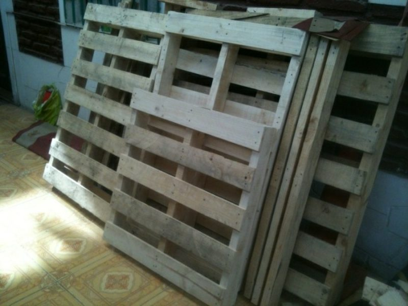 Europaletten Bett bauen Paletten in gutem Zustand kaufen