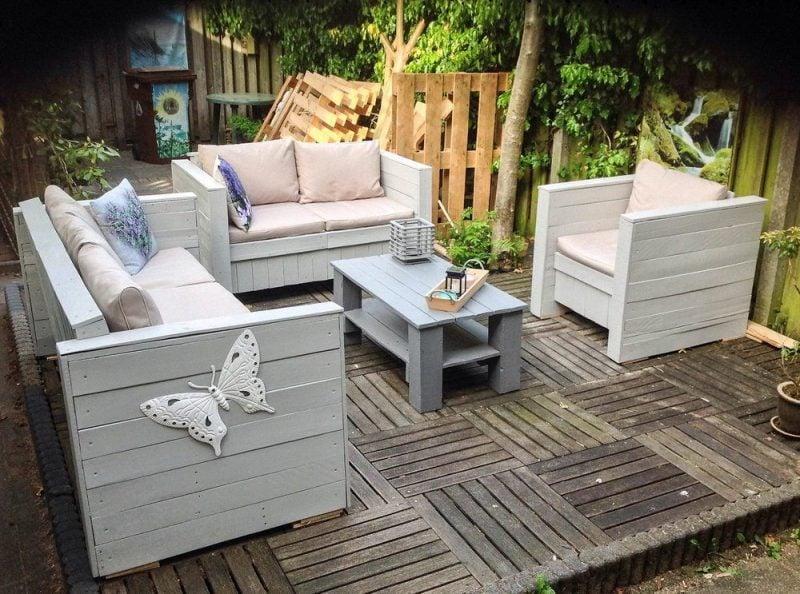 paletten sofa selber bauen wirklich. Black Bedroom Furniture Sets. Home Design Ideas