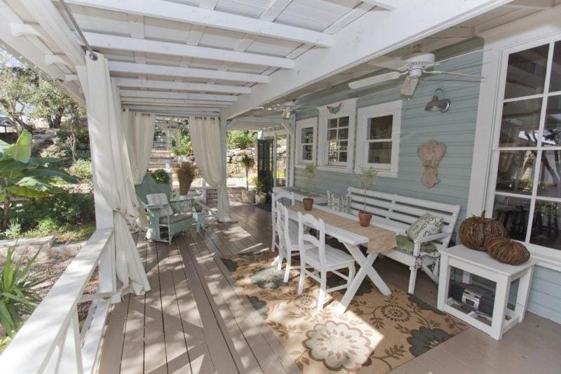hochwertige möbel landhausstil gartenmöbel weiß gartengestaltung ideen