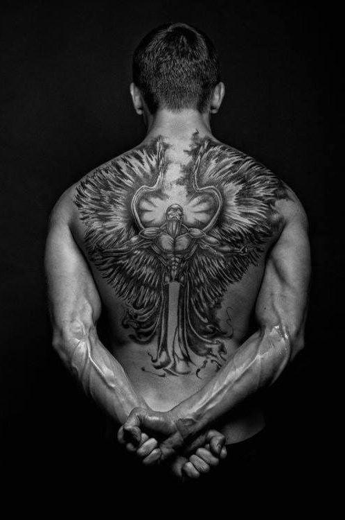 kämpfer engel tattoo ideen tattoos männer
